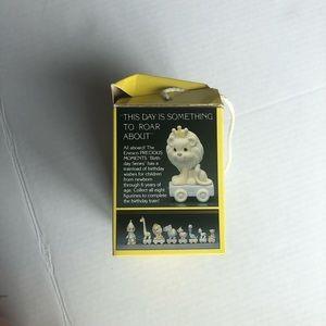 PRECIOUS MOMENTS Train Lion Figurine 5